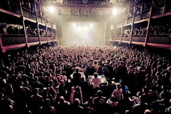 puggy_live_concert_ancienne_belgique_bruxelles-9370_-_kmeron-_-_by-nc-nd
